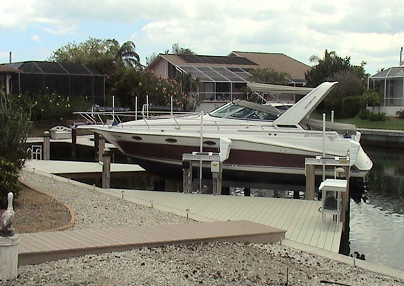 residential Boat Lift Installation Naples Florida   Southern Exposure LLC